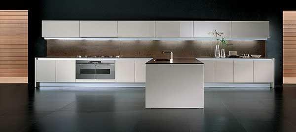Binova continua w bianco lucido cucine moderne by binova - Cucine in okite ...