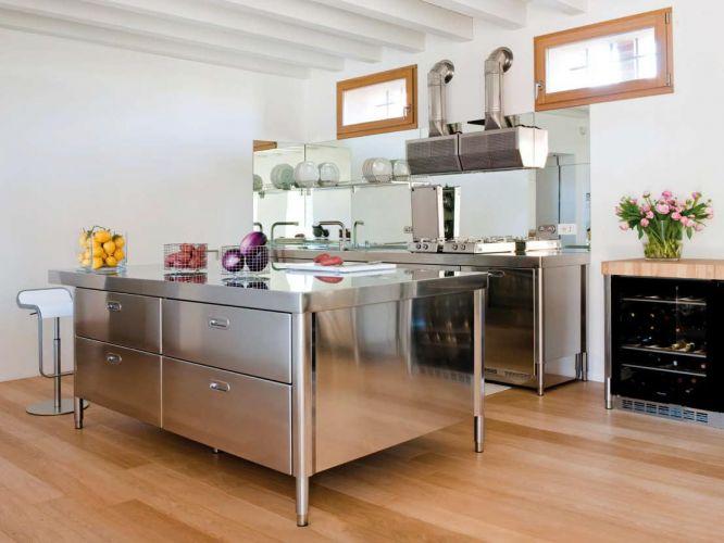 Alpes Inox Liberi in cucina, elementi cucina da libero ...